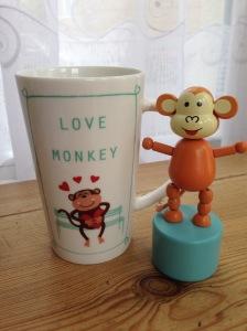 2015-0904-01 Love Monkey mug