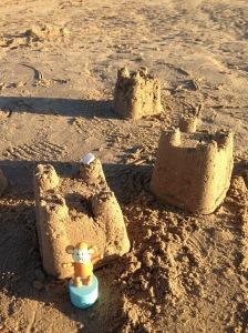 2015-0927-03 Sandcastles