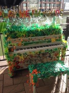 2015-0929-02 Flower piano