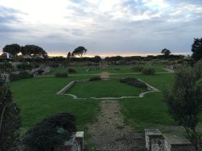 2015-1122-03 Sunken garden