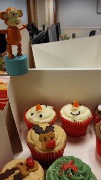 2015-1223-02 Cup cakes.jpg