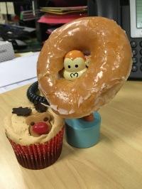 2015-1223-03 Both cakes.jpg