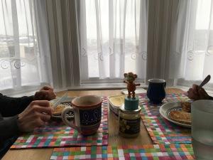 2016-0409-01 Breakfast.jpg