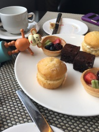 2016-0921-02 Afternoon tea.jpg