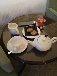 2016-1121-02 Hotel tea.jpg