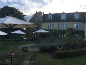 170902-11 Hotel garden.jpg